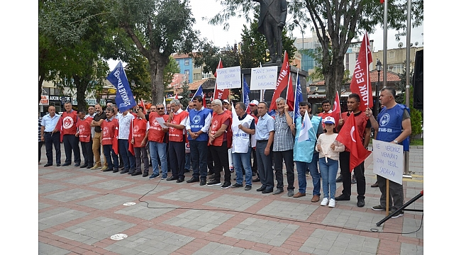 """KAMU-SEN; """"Hükümetin Zam Teklifini Protesto Ediyoruz!"""""""