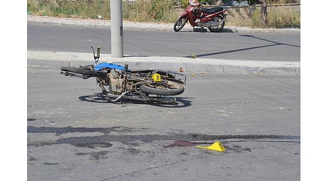 Karaman'da Kask Takmayan Sürücü Ağır Yaralandı