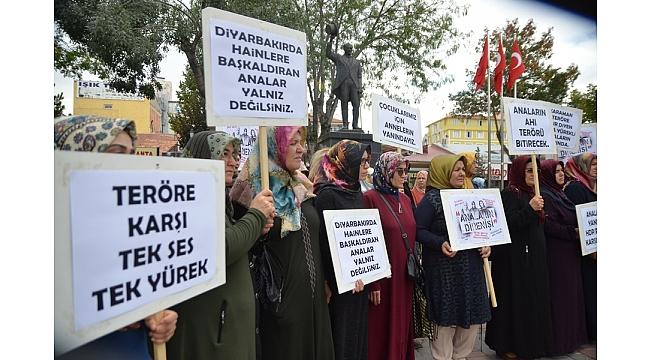 Karaman'dan Diyarbakır Annelerine Kadın Desteği