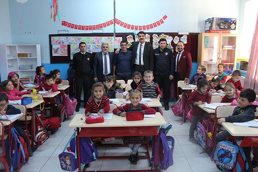 Kaymakam Atak'tan Okullara Ziyaret