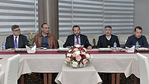 Rektör Akgül, Ses Yarışmasının Jüri ve Orkestra Üyeleriyle Buluştu