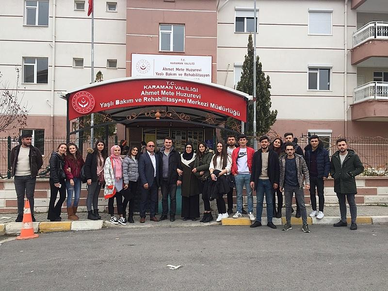 KMÜ Öğrencilerinden Huzurevi Ziyareti