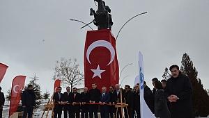 Bakan Selçuk Karamanoğlu Mehmet Bey Anıtının Açılışını Yaptı