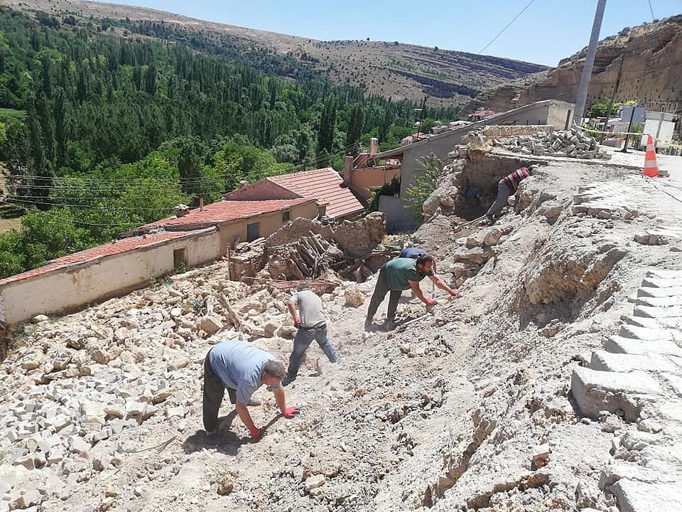 AFAD'tan Taşkale Köyüne 1 Milyon Liralık Yardım
