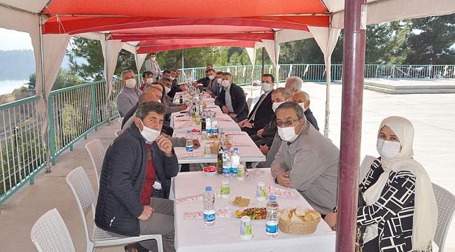 Ermenek'te Koronavirüs Tedbirleri İle İlgili Toplantı Yapıldı