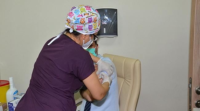 Karaman'da Sağlık Çalışanlarına Aşılama Çalışması Başlatıldı