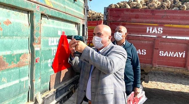 Başkan Bayram'dan Çiftçiye Çakar Lamba Ve Reflektör Uyarısı