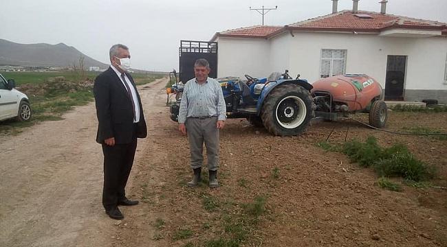Şahinbaş, sahaya indi. Çiftçinin çalışmalarını yerinde inceledi