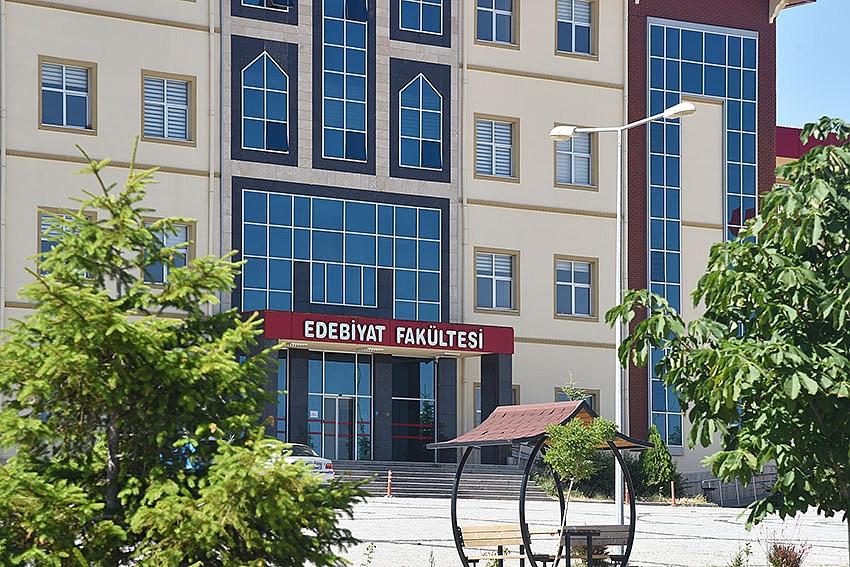 KMÜEFAD'dan Türkçe Ve Yunus Emre Özel Sayısı