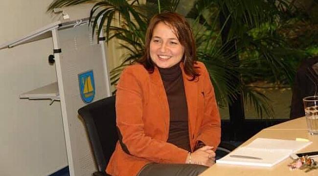 Karamanlı Hatice Kara, Almanya'da Belediye Başkanı Seçilen İlk Türk Kadını Olarak Tarihe Geçti