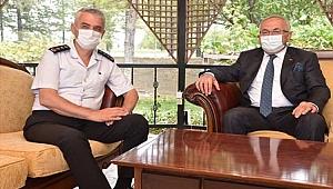 Rektör Namık Ak'tan İl Jandarma Komutanı Çetinkaya'ya Ziyaret